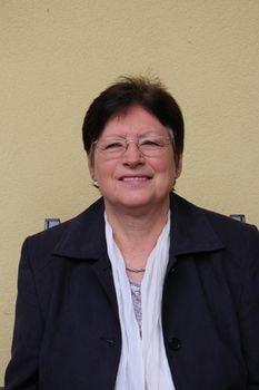Köstinger Johanna
